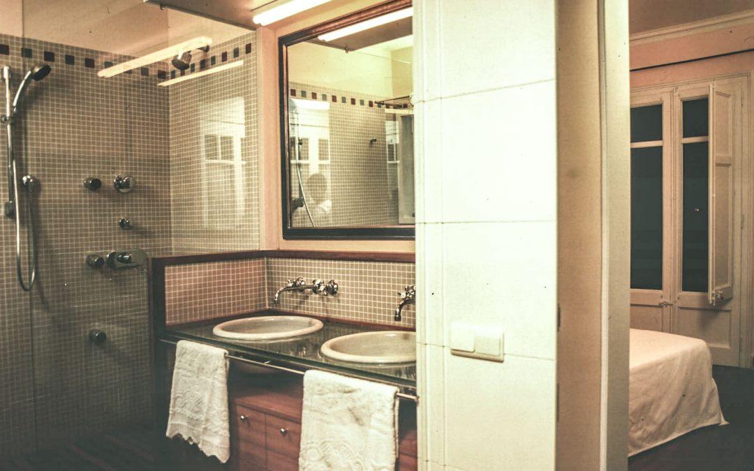 1995. Reforma d'Habitatge a la Pl. Vila Madrid de Barcelona.